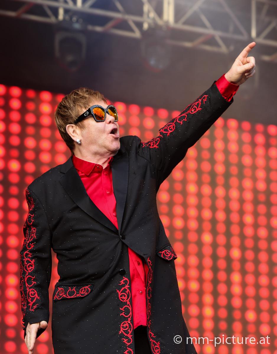 Sir Elton John auf der BurgClam © mm-picture.at