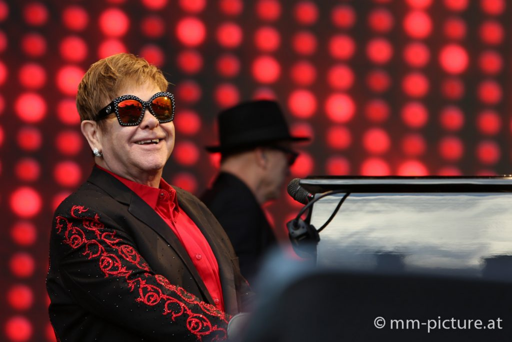 Sir Elton John auf der BurgClam © mm-picture.at
