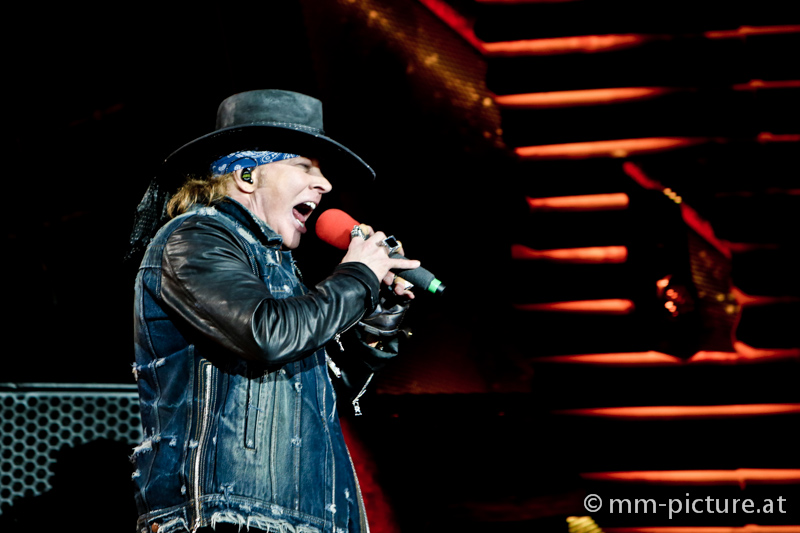 ACDC with Axl Rose in Vienna 2016